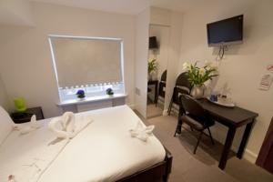 Hotel 43 london bayswater for 43 queensborough terrace london w2 3sy